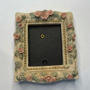 🌹FREE Vintage Rose Clay Mini Picture Frame Pink